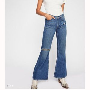 NWT Free People Heritage Distressed Flare Jeans 28